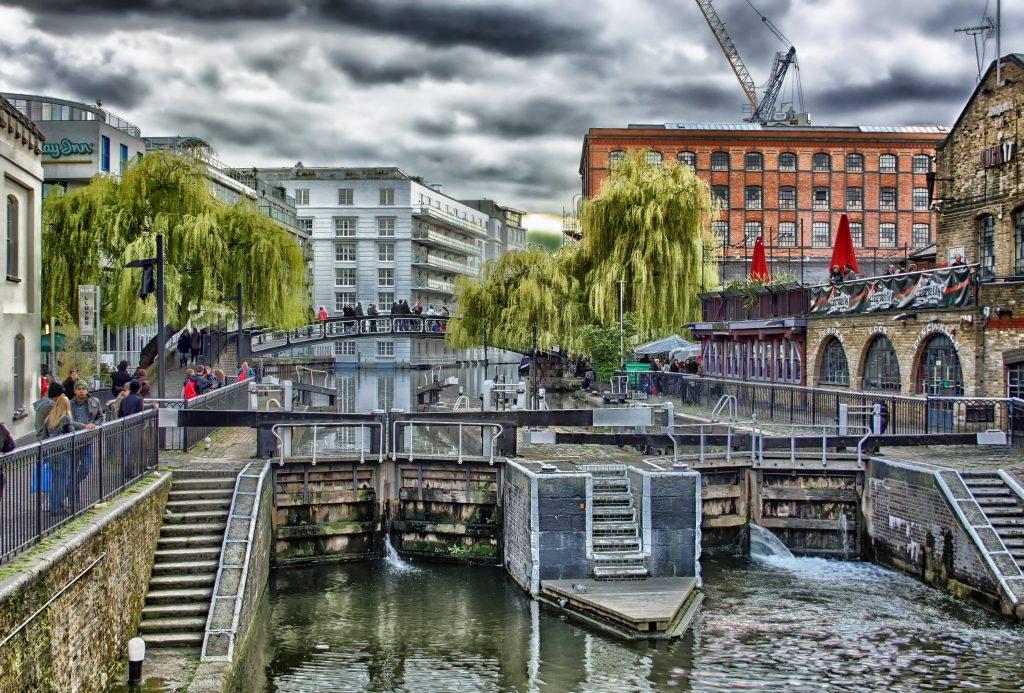 લંડન હોટલ હોસ્ટેલની સવલતો એન્ગ્લૅંડ લંડન પાસ વિશ્વભરમાં સસ્તી ઓછી કિંમતની બુકિંગ કરે છે